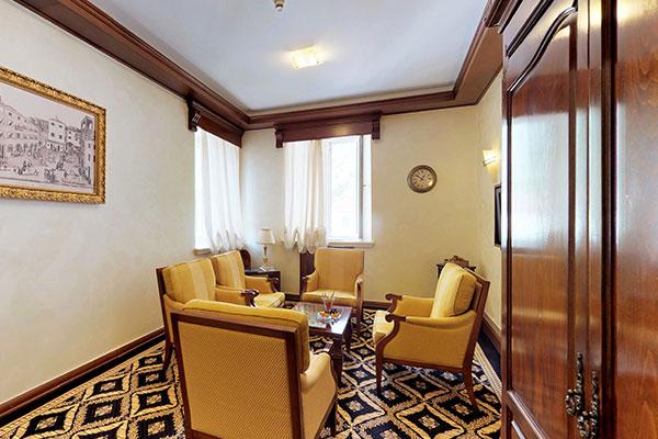 cattaro-hotel-deluxe-suite-003