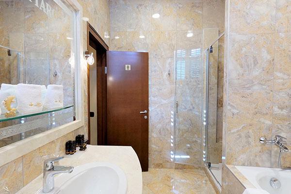 cattaro-hotel-deluxe-suite-006